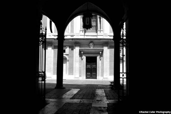 italy archway rachel cater photography copy